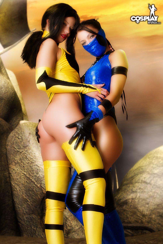 Nude Kitana Mortal Kombat