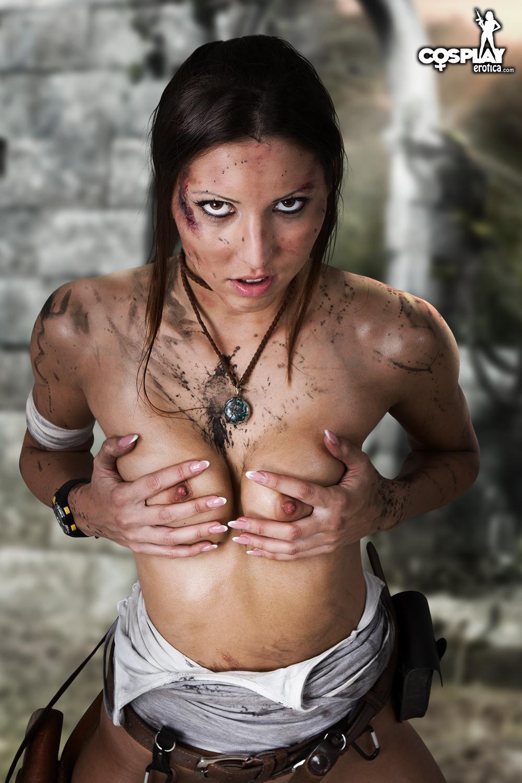 Lara croft naked real
